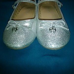 Link Shoes - LINK SLIVER GIRLS ❤❤❤SHOES SIZE 4
